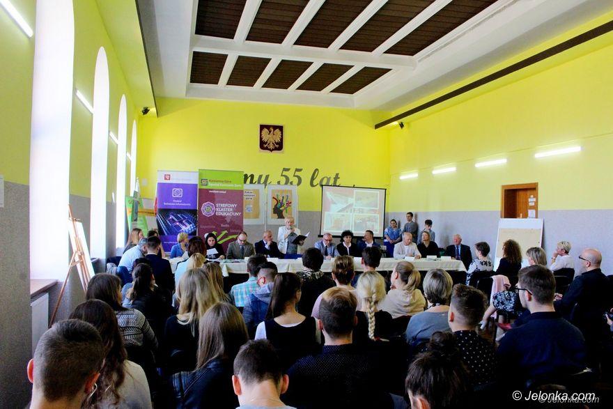 Jelenia Góra: Rozmawiali o szkolnictwie zawodowym
