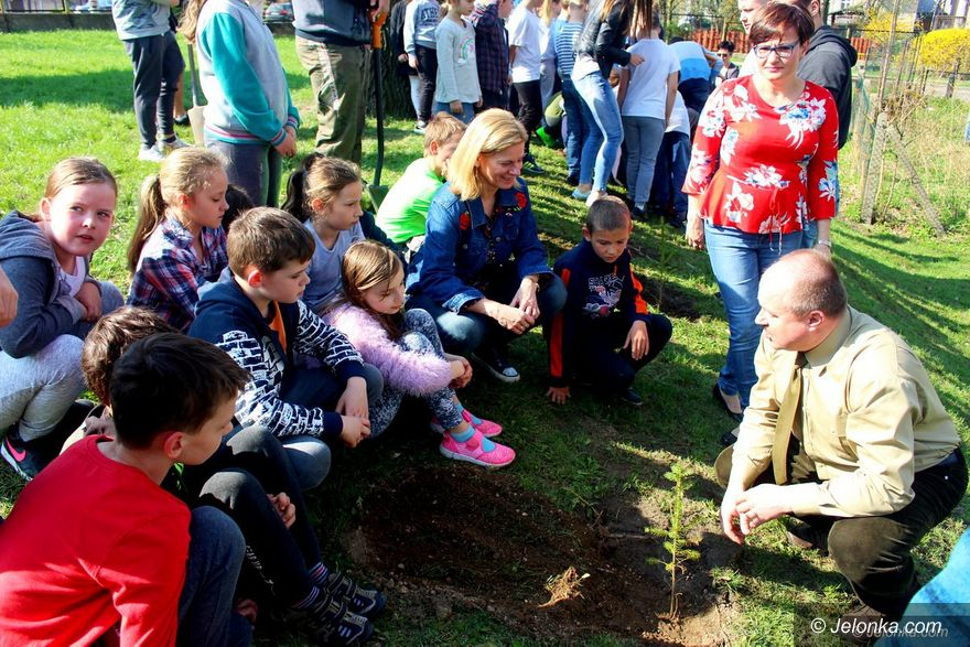 Jelenia Góra: Ekologiczna współpraca dzieci i młodzieży
