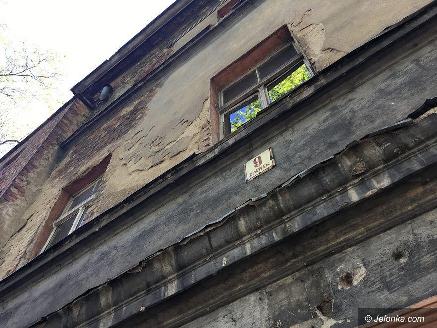 Jelenia Góra: Na Zaułku 9 nie da się tak żyć!
