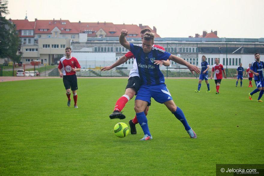 IV liga piłkarska: Powalczą w delegacjach