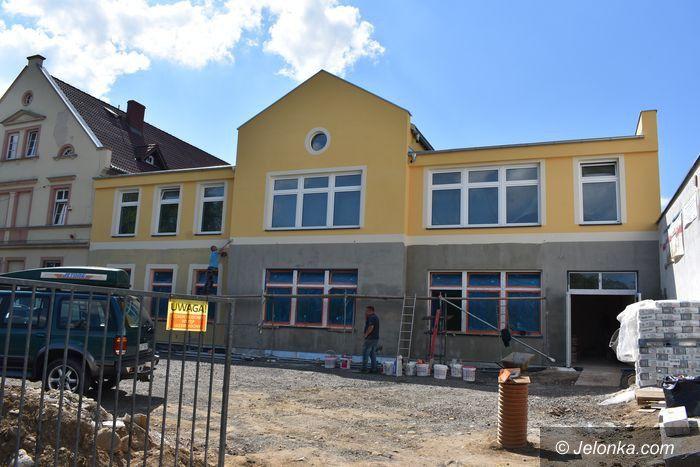 Stara Kamienica: Nowy budynek szkolny na  1 września