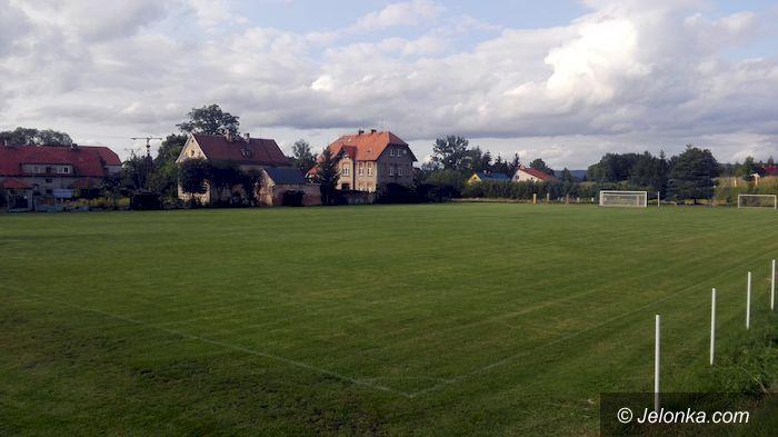 Region: Modernizacja stadionu w Łomnicy
