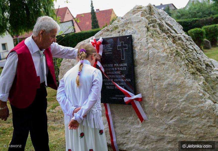 Piechowice: Obelisk pamięci Polaków poległych za ojczyznę