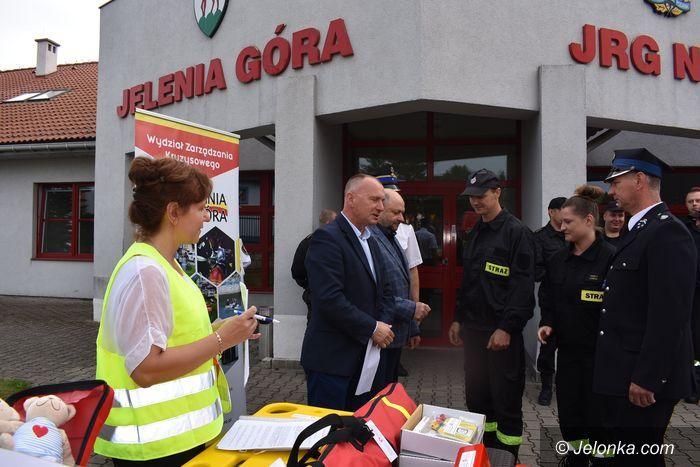 Jelenia Góra: Sprzęt medyczny dla OSP