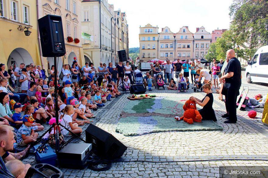 Jelenia Góra: Karmelek – spektakl w rynku dla dzieci
