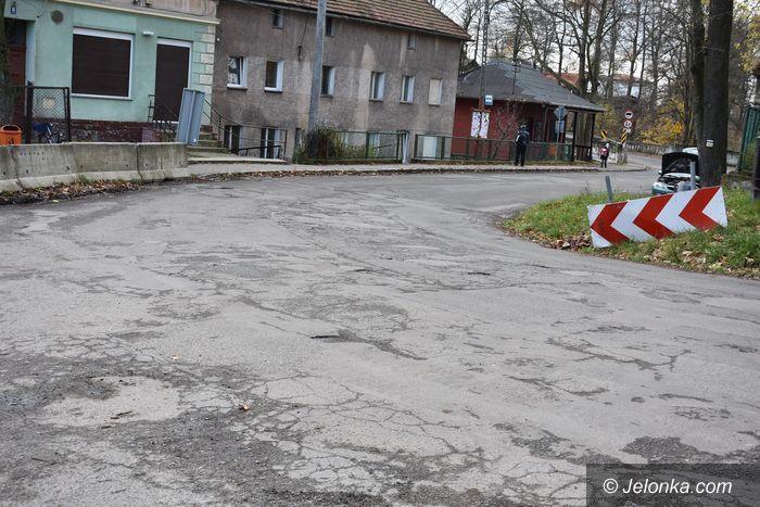 Powiat: Nadzieja na remont zniszczonej drogi