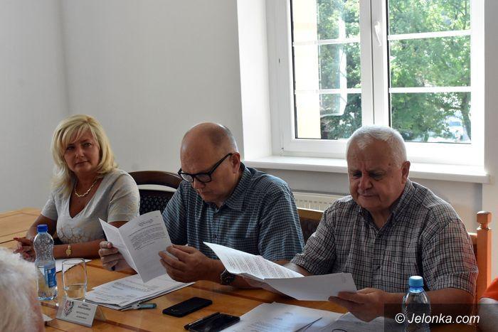 Powiat: Na sesji o pieniądzach