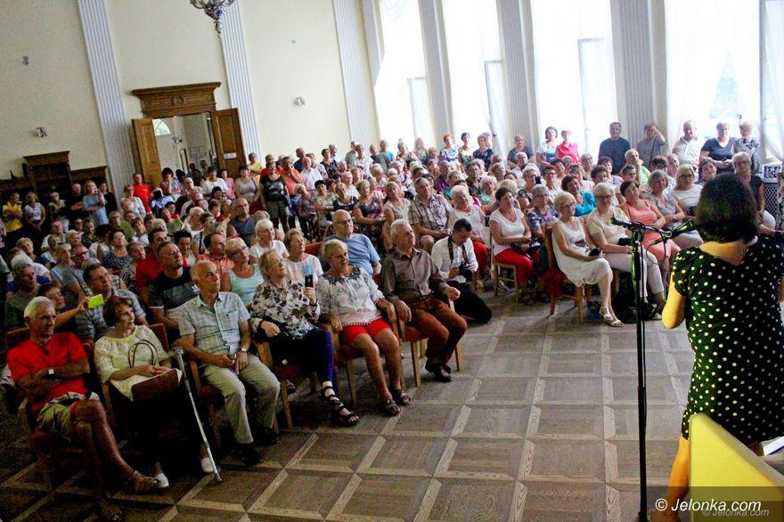 Jelenia Góra: Tłumy na spotkaniu z redaktor Jaworowicz