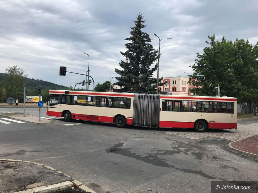 Jelenia Góra: Stare autobusy na złom, nowe na ulice