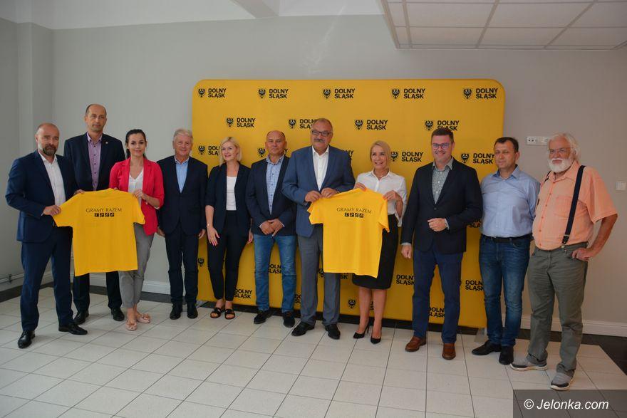 """Region: """"Gramy Razem"""" dla młodych sportowców"""