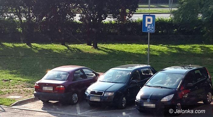 Jelenia Góra: Jak oni parkują?!