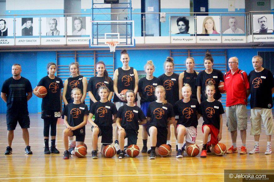 Jelenia Góra: Nowe koszykarki w Karkonoszach