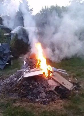 Jelenia Góra: Palił śmieci – zapłacił