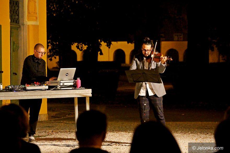 Jelenia Góra: Bach elektronicznie i na skrzypcach
