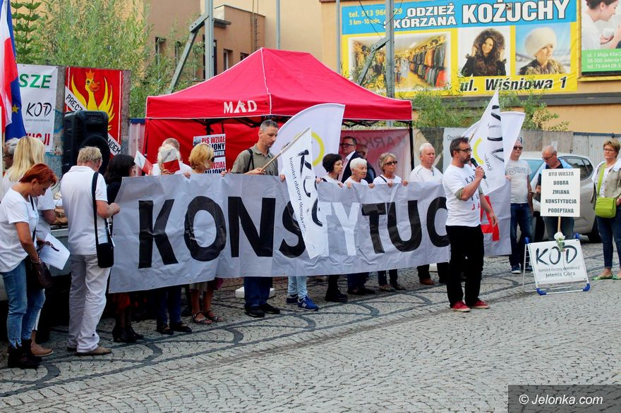 Jelenia Góra: Kolejny protest KOD