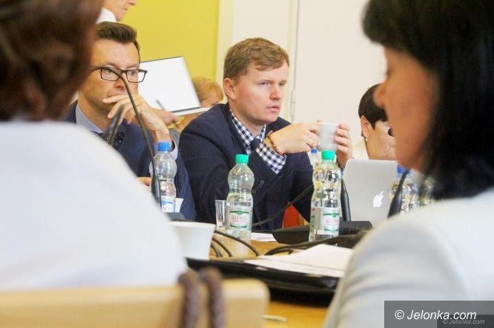 Jelenia Góra: Radny Kubicki rezygnuje z mandatu