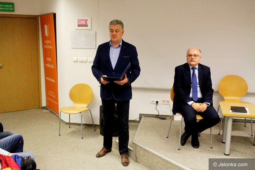 Jelenia Góra: Debaty nie było, Krzysztof Mróz odpowiadał na pytania