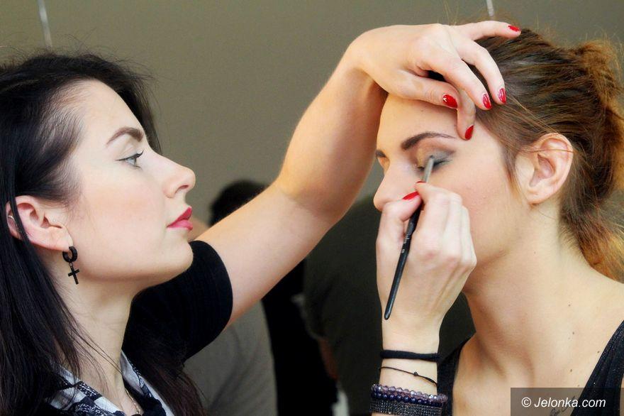 Jelenia Góra: Festiwal makijażu i fryzur dla studentek