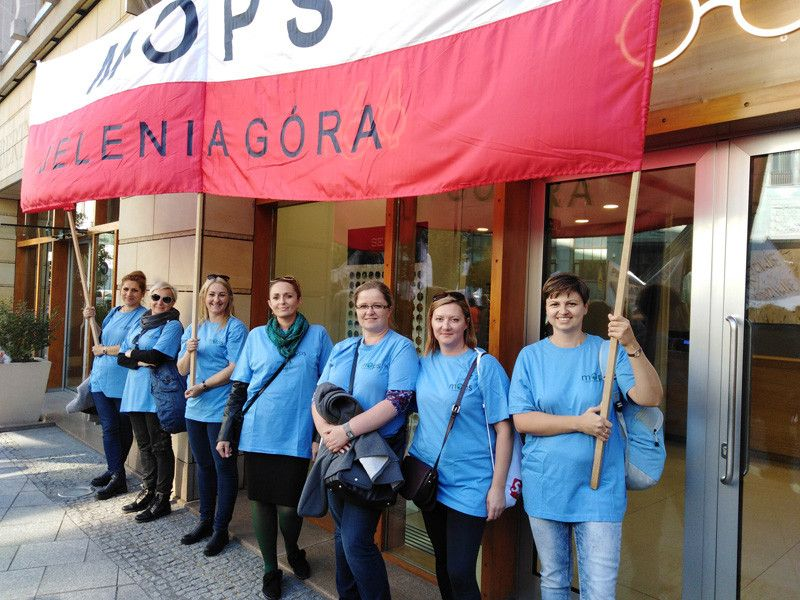 Jelenia Góra: Zaostrzają protest