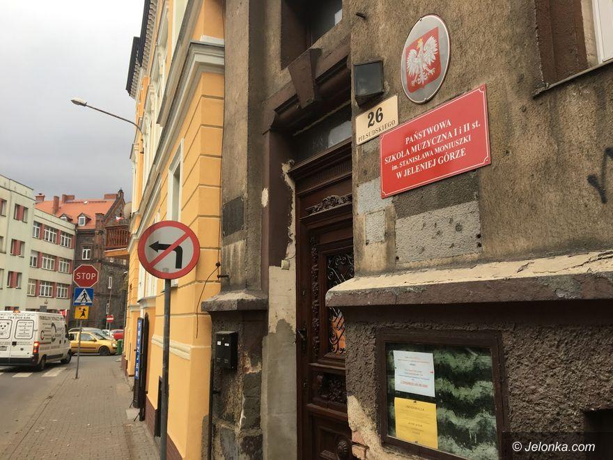 Jelenia Góra: Kompleksowy remont w szkole muzycznej
