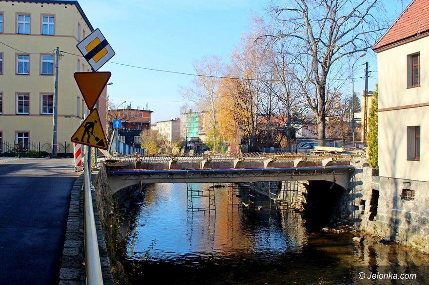 Jelenia Góra: Kiedy skończą ten most?