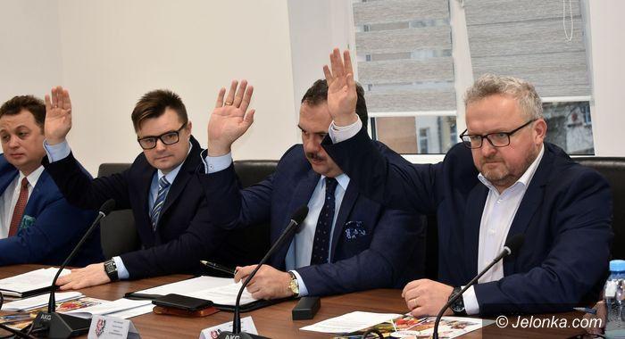 Powiat: Radni wybrali komisje
