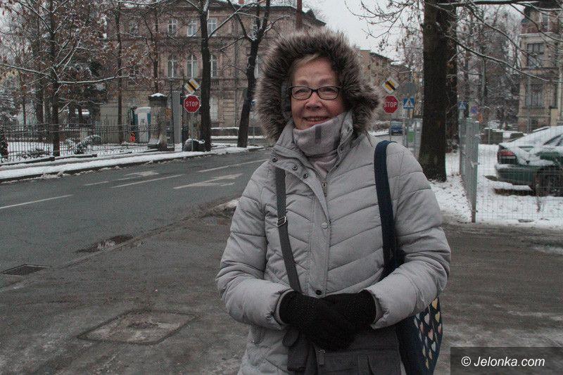 Jelenia Góra: Chodniki są oblodzone!