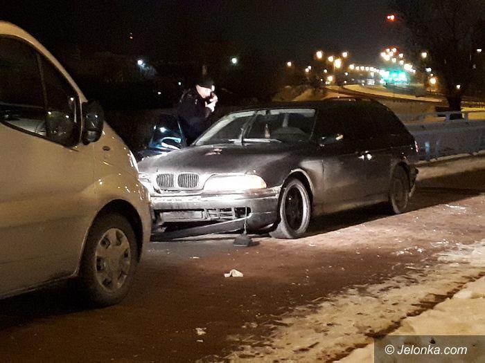 Jelenia Góra: Policyjny pościg za pijanym kierowcą