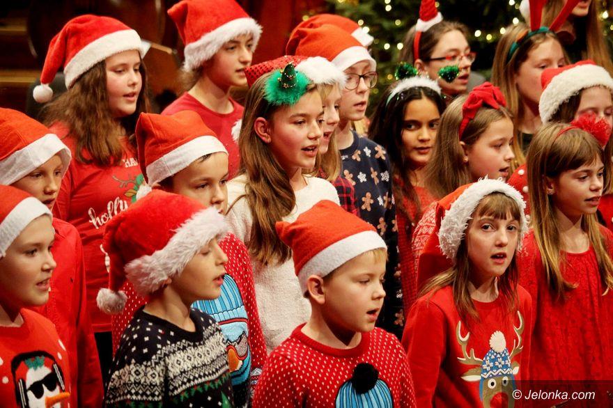 Jelenia Góra: Świąteczny występ uczniów PSM