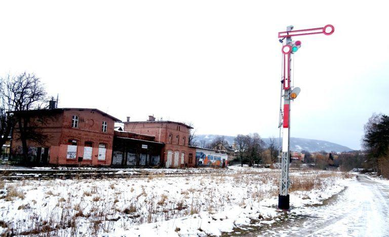 Kowary: Zabytkowy semafor został odnowiony