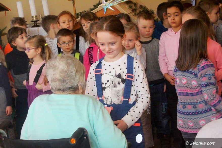 Jelenia Góra: Dzieci seniorom