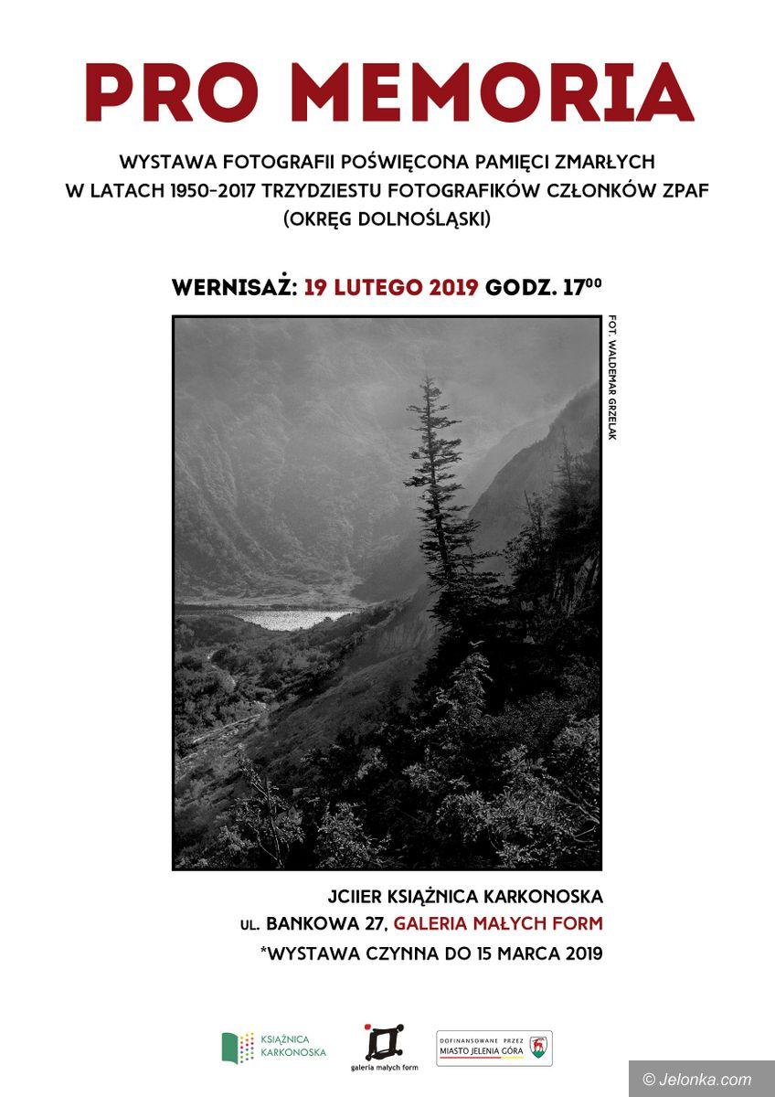 Jelenia Góra: Wystawa pamięci w Książnicy Karkonoskiej