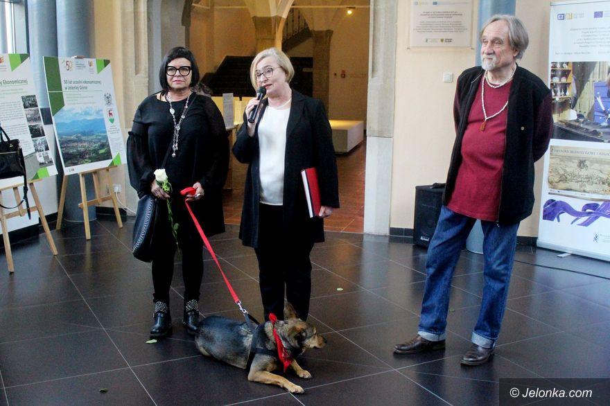 Jelenia Góra: Profesorska wystawa w Muzeum Karkonoskim