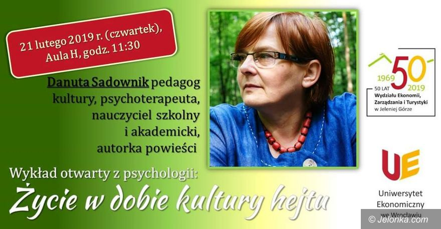 Jelenia Góra: Wykład o hejcie z Danutą Sadownik