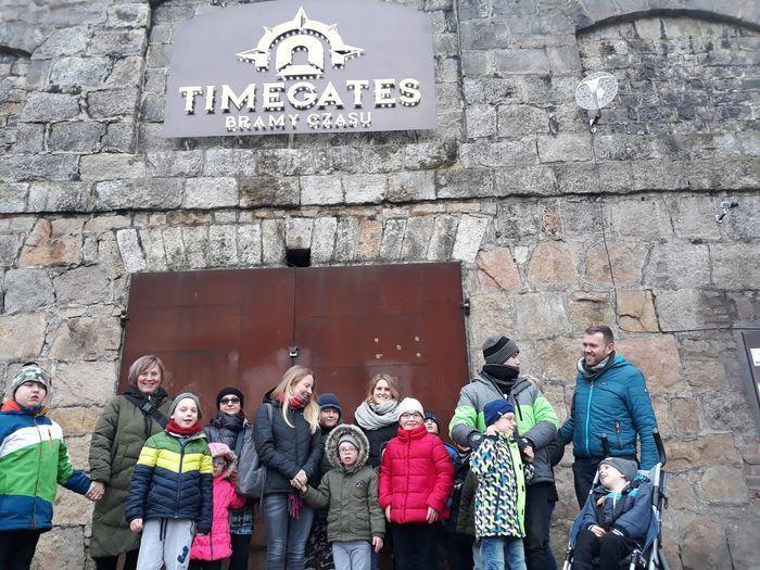 Jelenia Góra: Dzieci przeszły przez wrota czasu