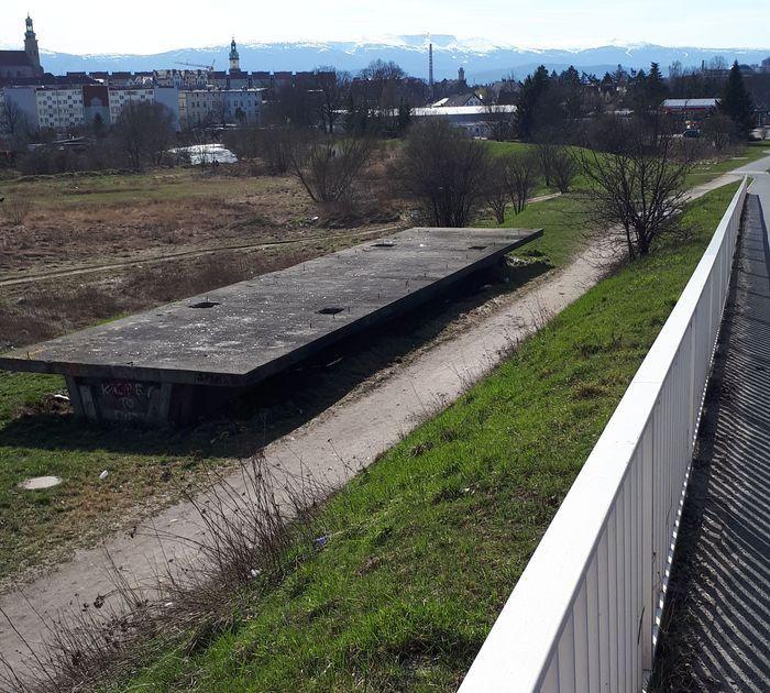 Jelenia Góra: Niechlubna pamiątka