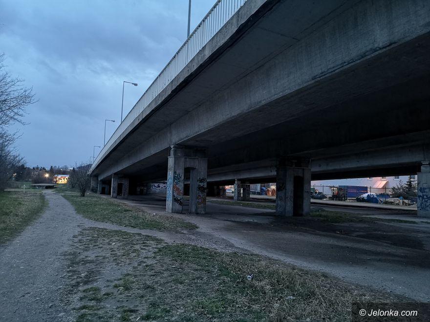Jelenia Góra: Estakada poczeka na remont
