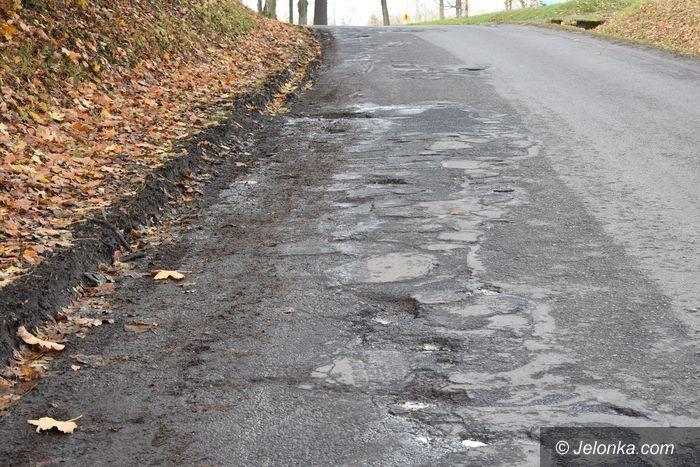 Janowice Wielkie: Powiat wydłuża drogowy przetarg