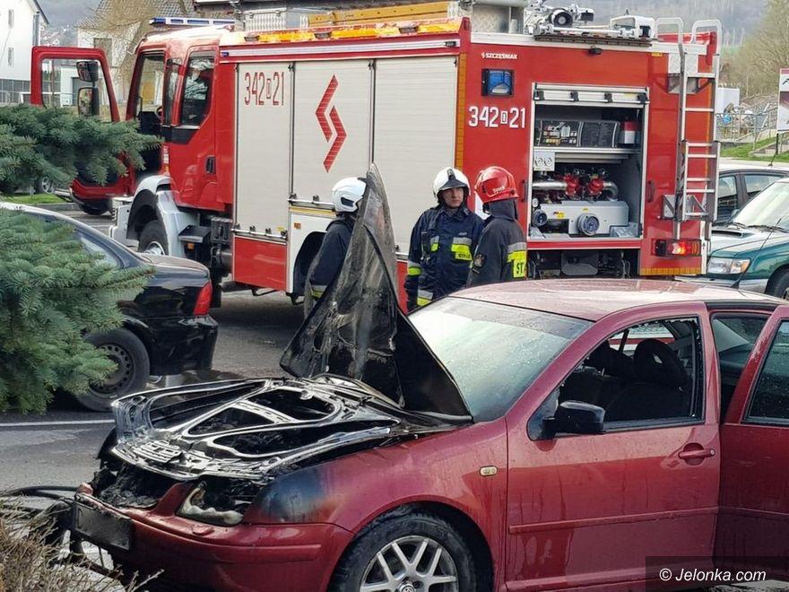 Jelenia Góra: Palił się samochód