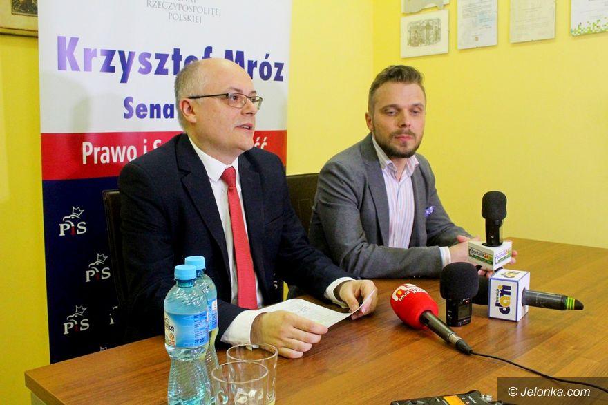 Jelenia Góra: Politycy prawicy o strajku oświaty