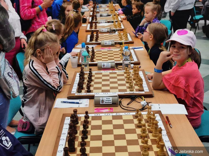 Jelenia Góra: Życiowy start naszych małych szachistów