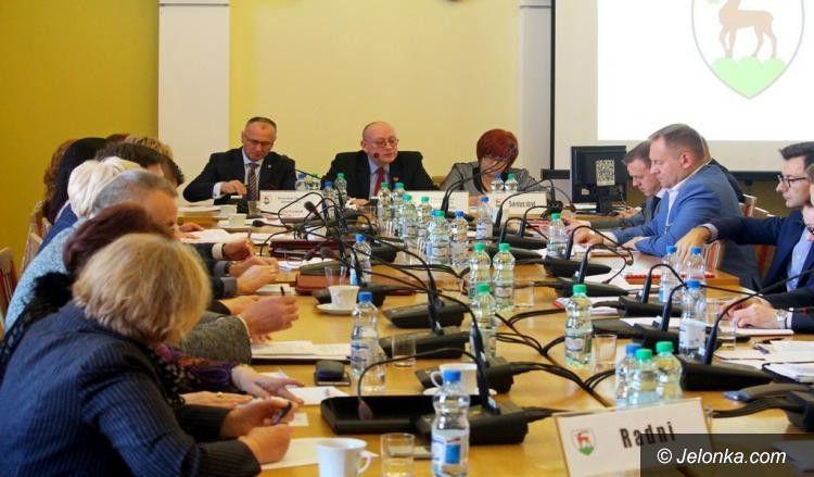 Jelenia Góra: Sesja miejska i inauguracja cieplickiej rady