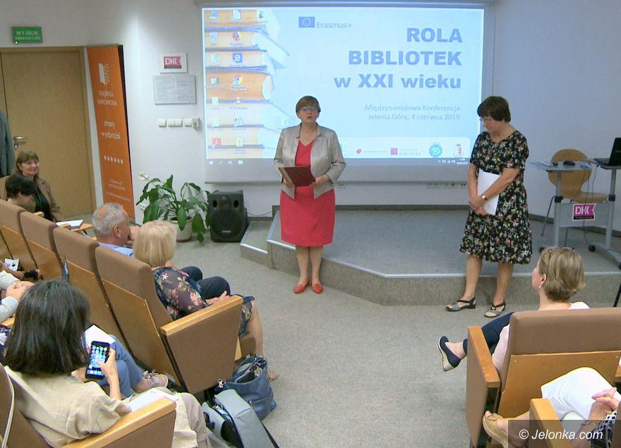 Jelenia Góra: O bibliotekach w bibliotece