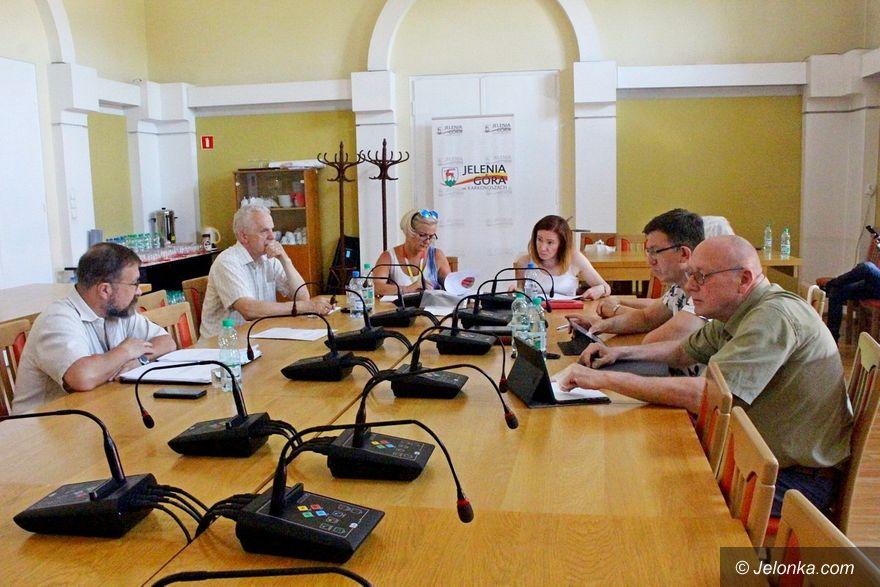 Jelenia Góra: Chcą nadać nazwy czterem rondom
