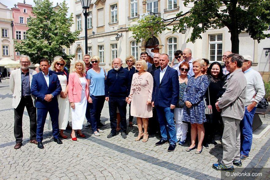 Jelenia Góra: Zofia Czernow rozpoczęła kampanię