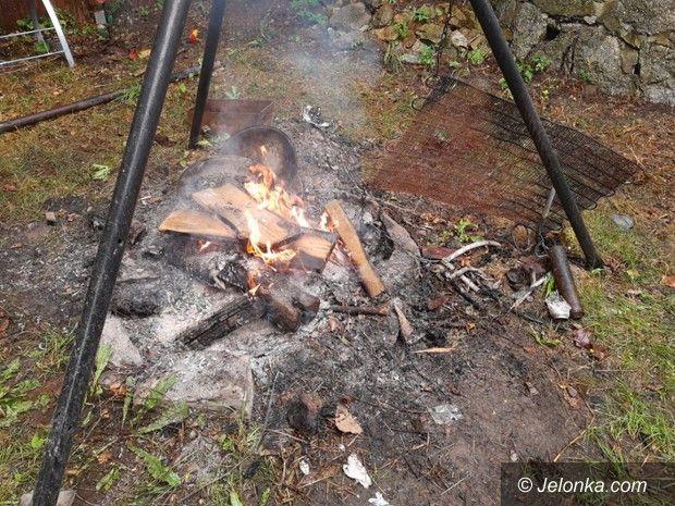 Jelenia Góra: Wypalał kable, dostał mandat