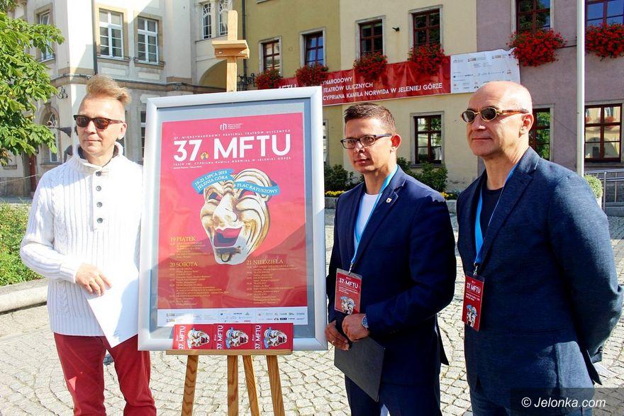 Jelenia Góra: Już dzisiaj teatr wyjdzie do ludzi!