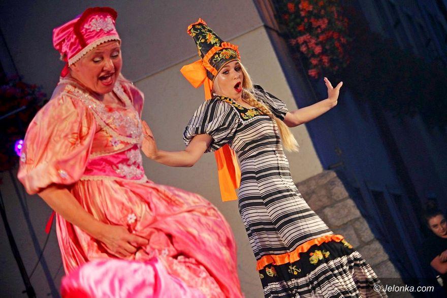 Jelenia Góra: Jeleniogórzanie uwielbiają festiwal teatrów ulicznych