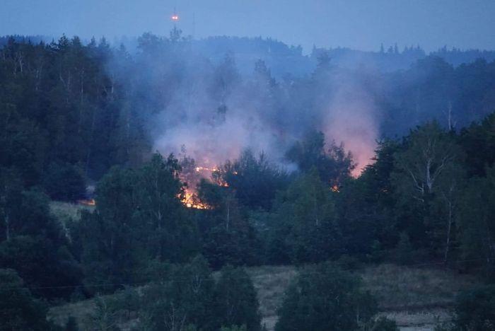 Jelenia Góra: Pożar przy Krzyżu Millenijnym