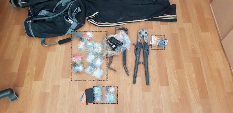 Jelenia Góra: Zamaskowani przestępcy okradali sklepy